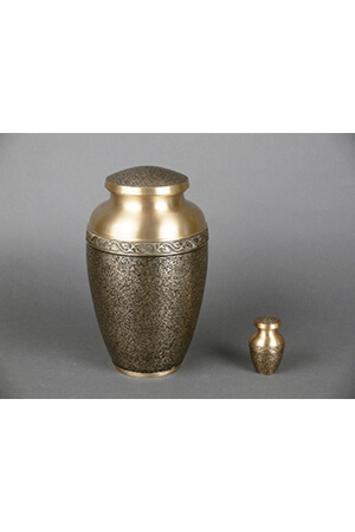 Aristocrat + $49 for Token Keepsake Urn